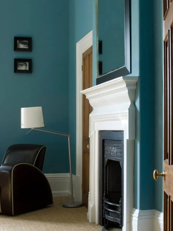 residential painting service in lodnon for bright kitchen painted blue