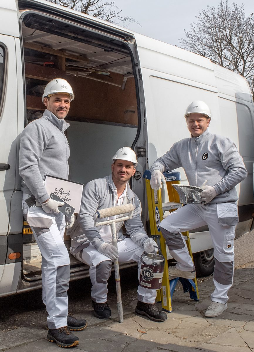 picture of painters and decorators team in battersea london