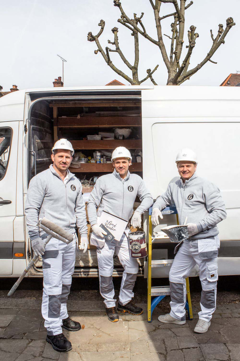 picture of painters and decorators of thegoodpainter team in london