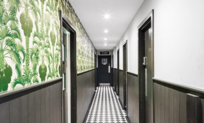 picture of green vegetation wallpaper applied in the corridor