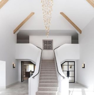 What does your ideal staircase look like?  Painting and decorating your staircase doesn't have to be limited. In fact, there are many ideas you can explore when completing your staircase.  As well as a sleek and pristine finish such as @janeybutlerinteriors with @llamagroup, completing a gorgeous quality, you can be creative with colour, wallpaper and pattern.  Check our stories today for some imaginative and innovative ideas to apply and use.  Hands up if you have a staircase in your home! 🙌 . . . . . . . . . . #thegoodpainter #londoninteriordesigner #londonhome #londonproperty #londondesigner #londonpainting #londonapartment #londonhouses #londoninteriordesign #londonpainter #londonpainting #stairofinstagram #stairsdesign #stairsteps #stairsphotography #stairandstripes #staircasedesign #staircasedecor #staircases #stairrunner #floorrunner #whiteinteriors  #whitespaceswelove #whiterooms #staircasedgoals